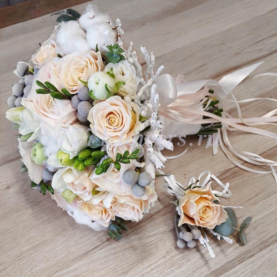 Нестандартные букет для невесты орхидеи и розы